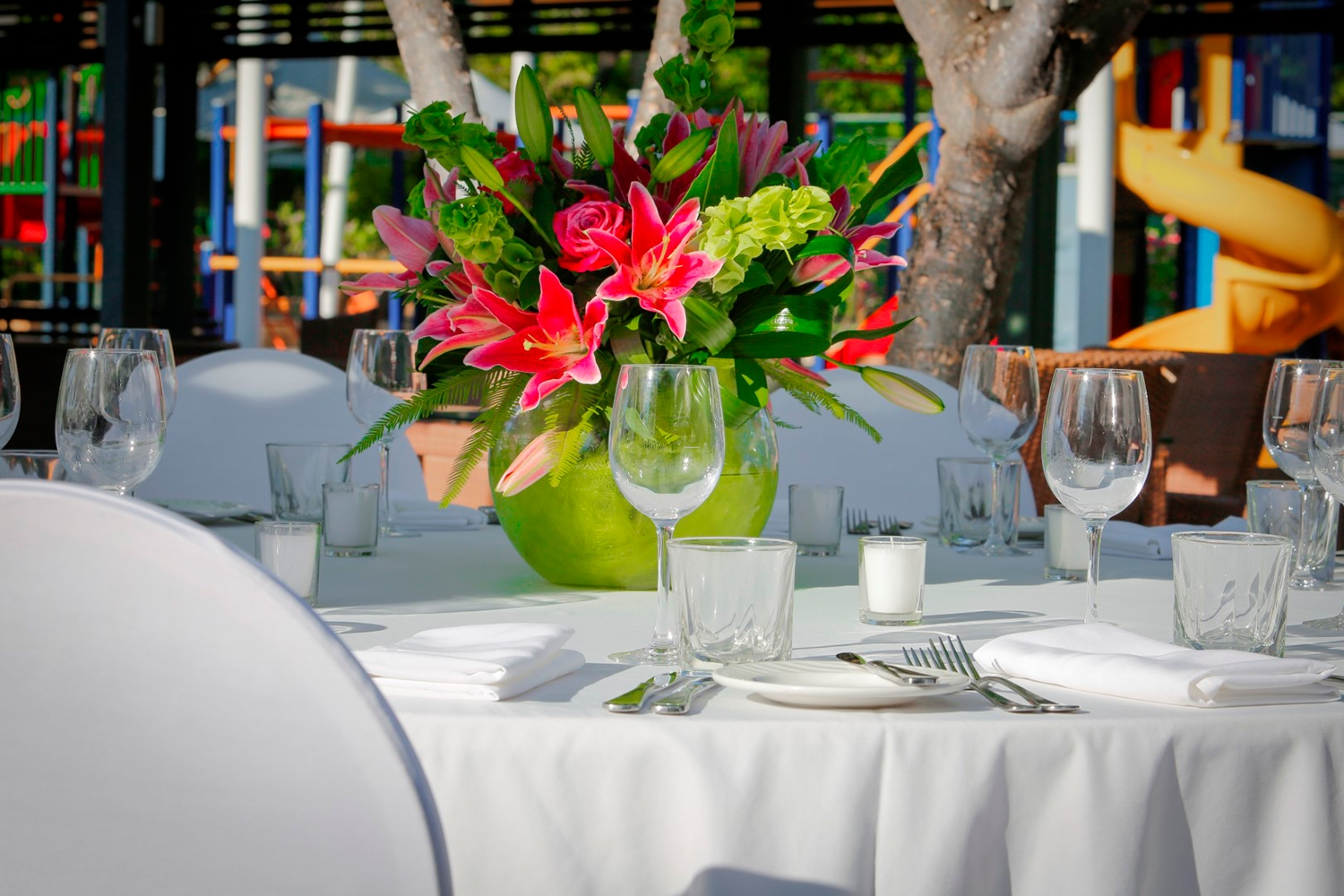Conferences Event Venues Poolside Dining 10