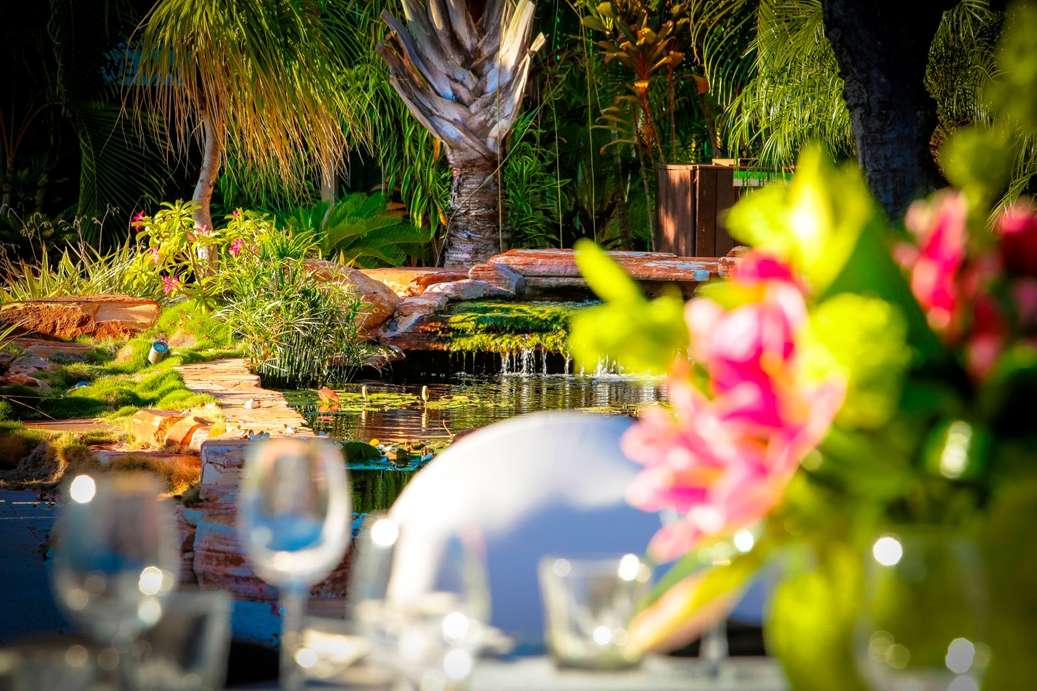 Conferences Event Venues Poolside Dining 12