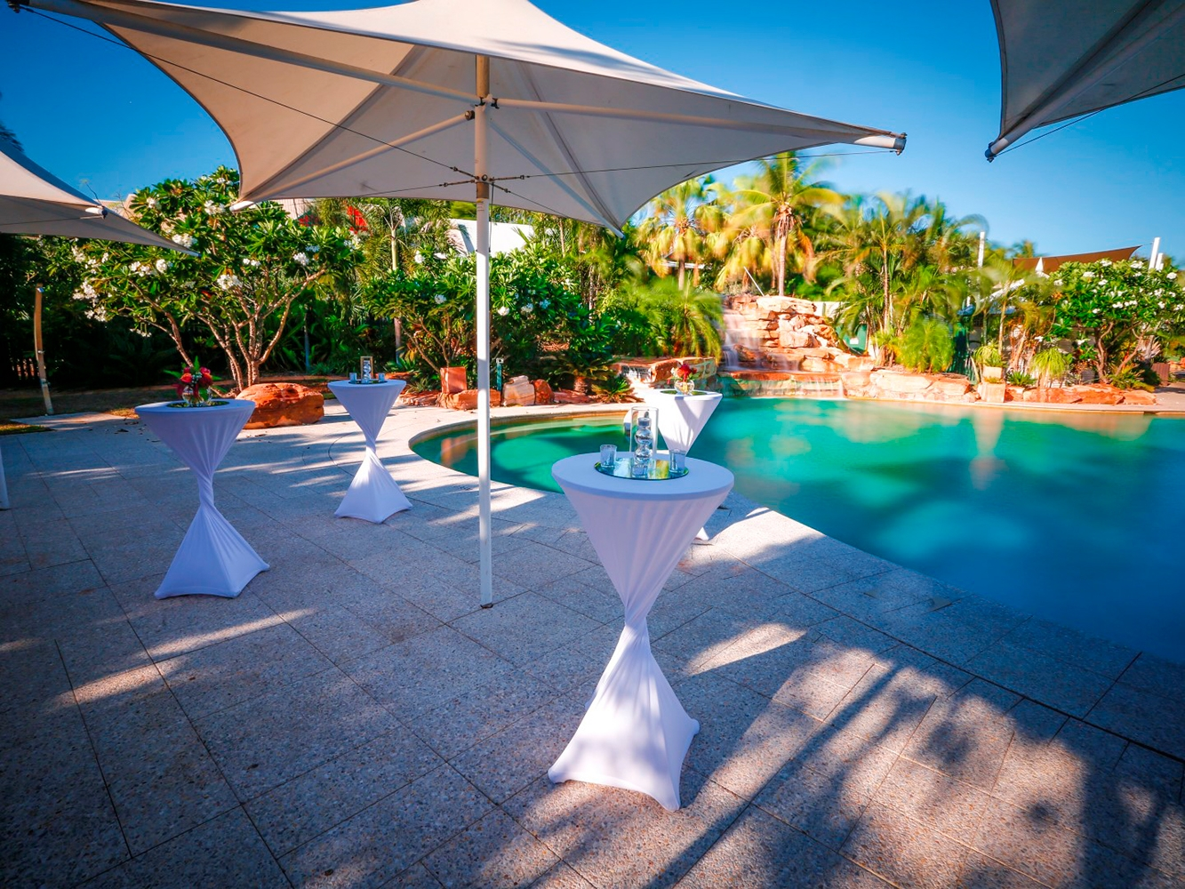 Conferences Event Venues Poolside Dining 17